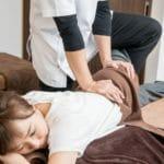 反り腰姿勢を判定して、自分で骨盤矯正する方法